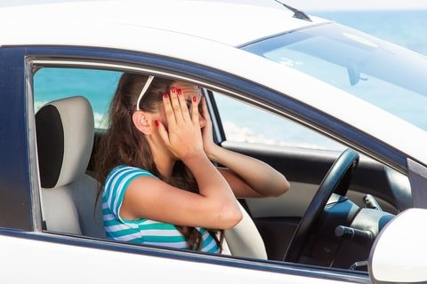 Tips on how to reduce anxiety while driving